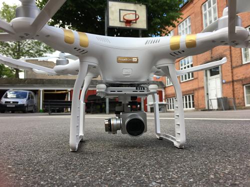 drone til hjemeside